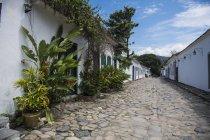 Vista di strade acciottolate di Paraty, Costa Verde, Rio de Janeiro, Brasile — Foto stock