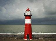 Westkapelle Leuchtturm vor der Regenzeit beginnt fallen, Westkapelle, Zeeland, Niederlande — Stockfoto