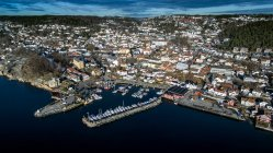Harbour with moored boats and buildings, Drobak, Norway — Stock Photo