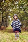 Portrait of young girl in rural setting — Stock Photo