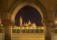 Blick von der Insel San Giorgio Maggiore bei Nacht, Venedig, Veneto, Italien — Stockfoto