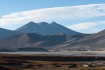 Tranquil landscape with mountains and atacama desert, antofagasta, chile — Stock Photo
