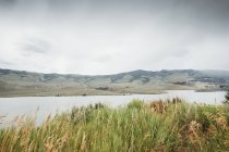 Мальовничим видом Діллон водосховище, Silverthorne, Колорадо, США — стокове фото