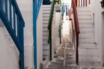Steps to houses, Mykonos Town, Cyclades, Greece — Stock Photo