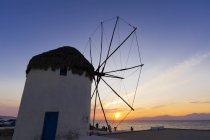 Windmill at sunset, Mykonos Town, Cyclades, Greece — Stock Photo