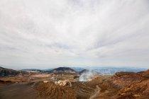 Накадакэ кратер, гора Aso, Кумамото, Кюсю, Япония — стоковое фото