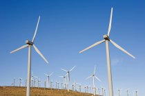 Windmill on rural dirt path — Stock Photo