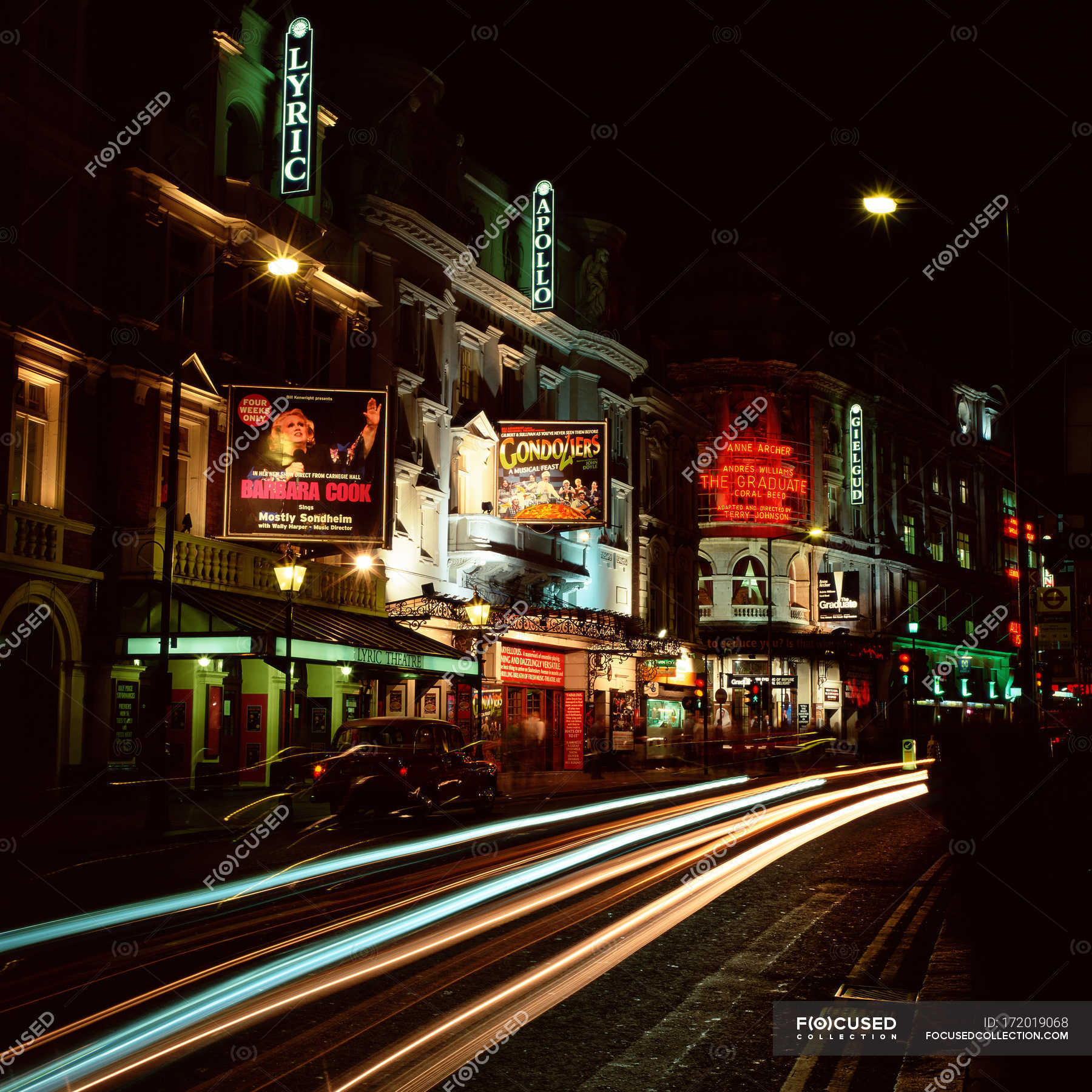 best loved 23714 d7732 London theaters with advertising sign at night — Stock photos