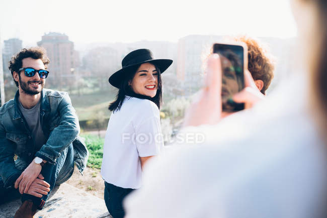 Friends enjoying roof party, — Stock Photo