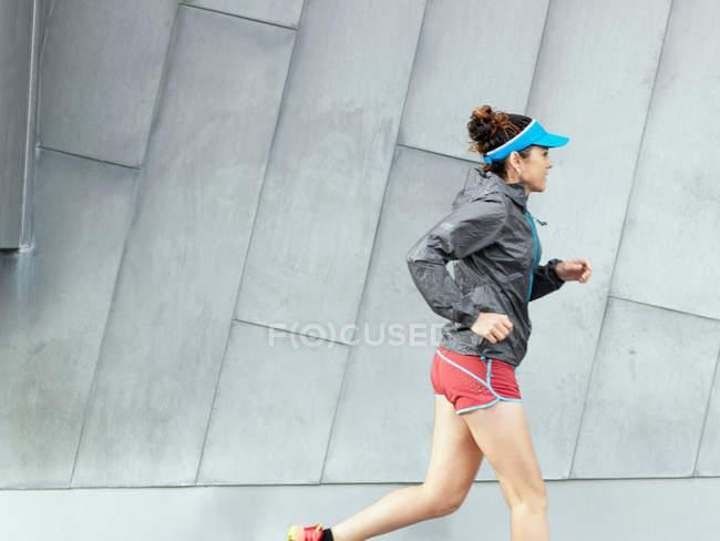 Reife Ultraläuferin — Stockfoto