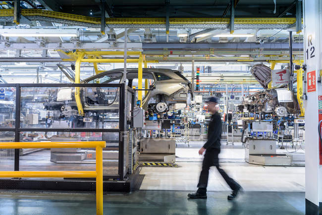 Car production line in car factory — Stock Photo