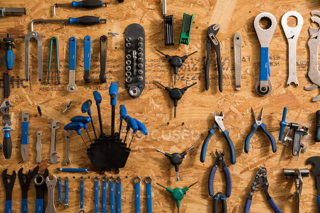 Assortiment d'outils de vélo — Photo de stock
