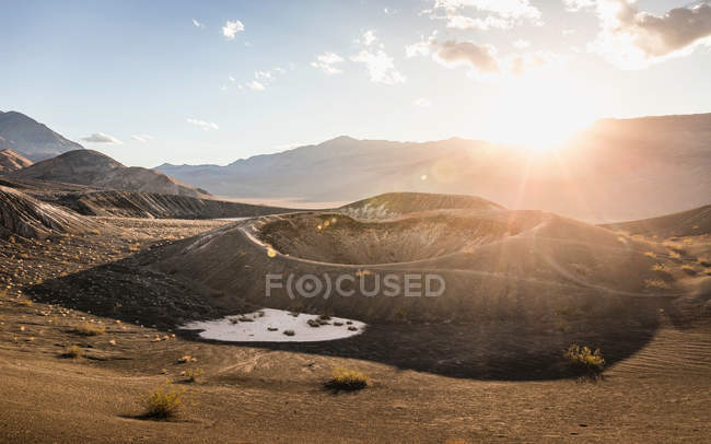 Sunlit landscape at Ubehebe Crater — Stock Photo