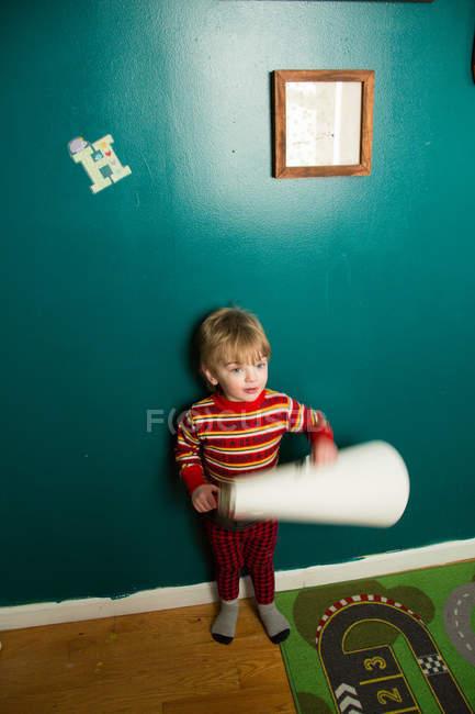 Милая мужская бумага для малышей — стоковое фото