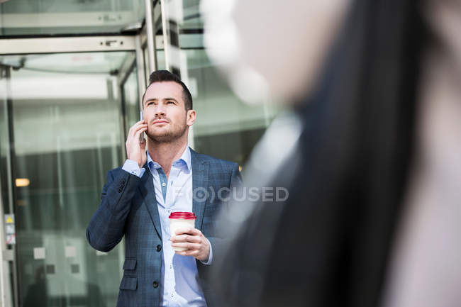 Businessman on coffee break — Stock Photo