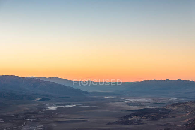 Landscape from Dantes View at sunset — Stock Photo
