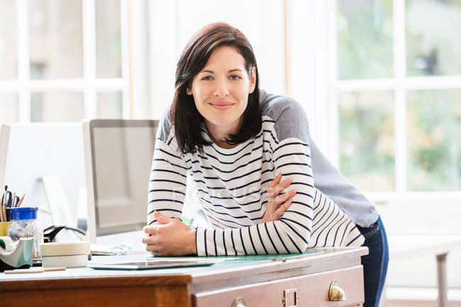 Porträt einer Designerin — Stockfoto
