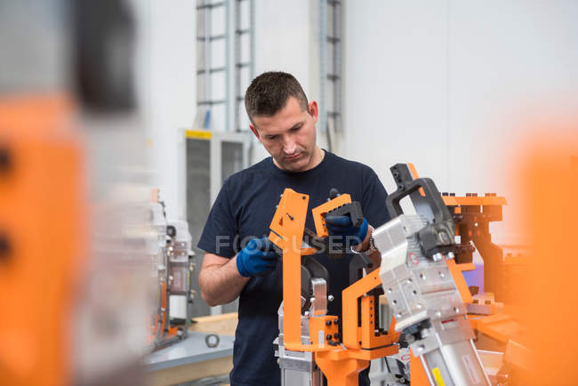 Factory worker in engineering factory — Stock Photo