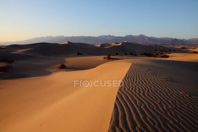 Sanddünen im Death valley — Stockfoto