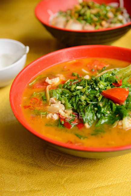 Chinese noodle soup — Stock Photo