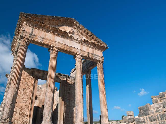 Руїни стародавнього римського міста Dougga — стокове фото