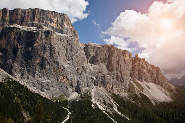 Paisagem de montanhas rochosas — Fotografia de Stock