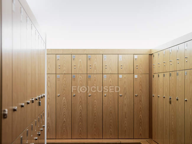 Lockers in gym locker room, front view — Stock Photo