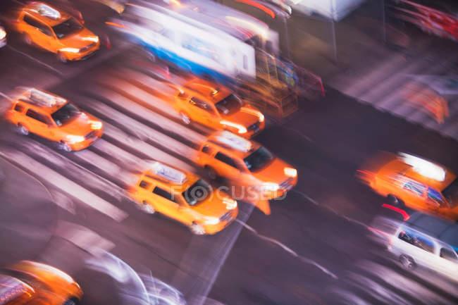Такси жёлтого такси — стоковое фото