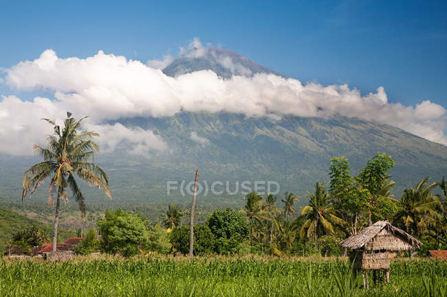 Gunung abang volcano in bali — стокове фото