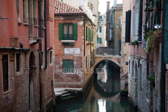 Canal and buildings, venice, italy — Stock Photo