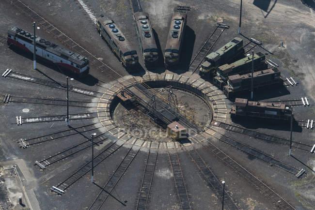 Luftaufnahme von Zügen auf Drehscheibe, Port Melbourne, Melbourne, Victoria, Australien — Stockfoto