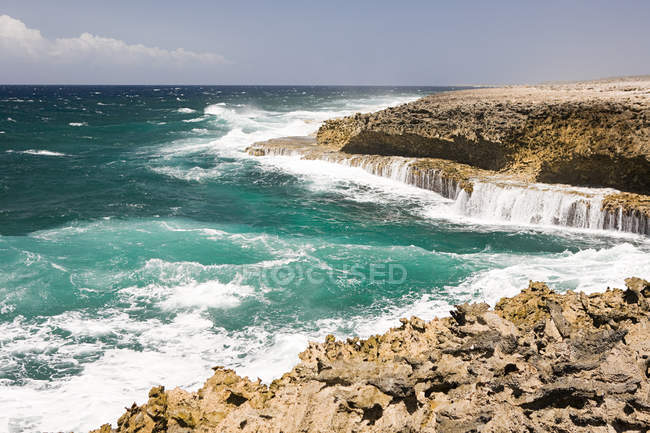 View of Rocks and sea — Stock Photo
