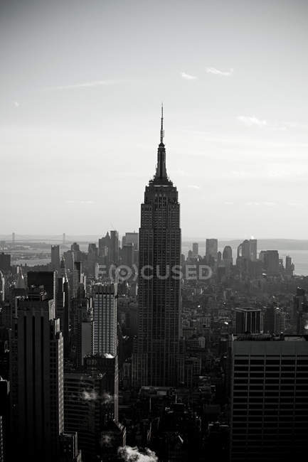 Пташиного польоту імперії державного будівництва і Нью-Йорку міський пейзаж — стокове фото
