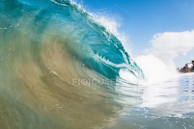Прокатки океан хвилі — стокове фото