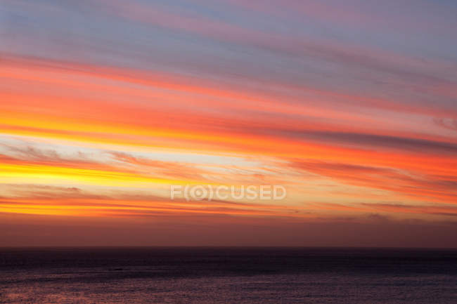 Vivid colors in sunset sky — Stock Photo