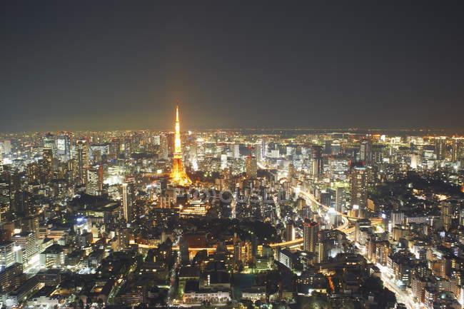 Ctyscape Découvre withtokyo tour pendant la nuit, Tokyo, Japon — Photo de stock
