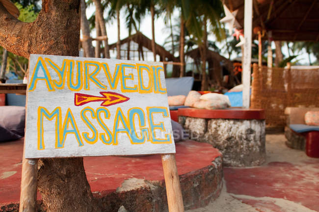 Signe de massage ayurvédique, Goa — Photo de stock