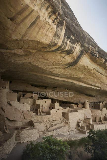 Vista de cliff habitações no Parque Nacional de mesa verde — Fotografia de Stock