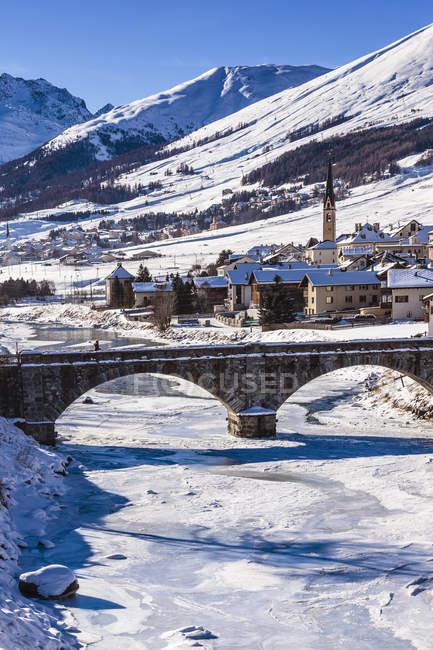 Vista aerea del paesaggio di inverno, Engadina, Svizzera — Foto stock