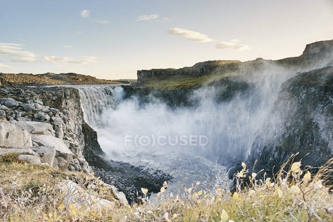 Scenic view of Waterfall Dettifoss, Vatnajokull National Park, Iceland — Stock Photo