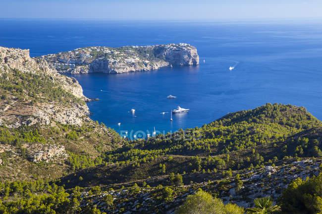 Vista elevata del paesaggio e della costa, Andratx, Maiorca, Spagna — Foto stock