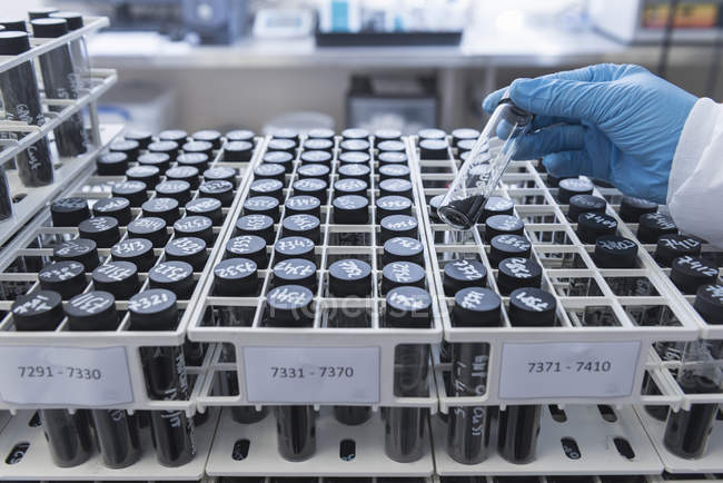 Batch samples of graphene nano material in graphene processing factory, close up — Stock Photo