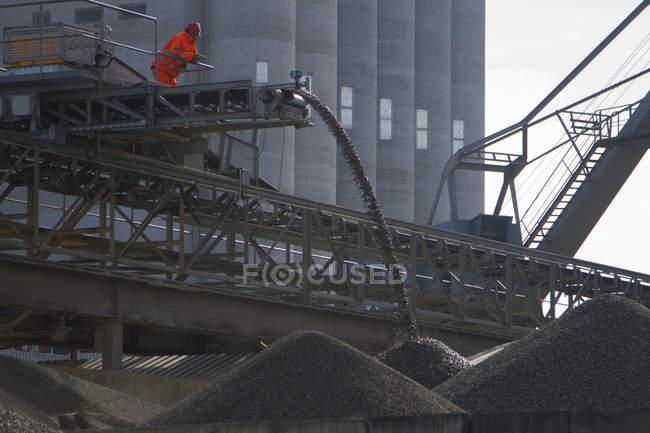 Industriearbeiten an der Hafenbrücke, basel, Schweiz — Stockfoto