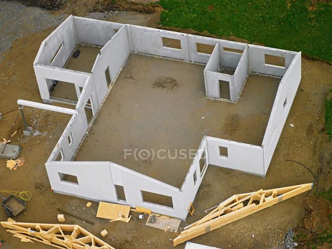 Аэрофотоснимок недостроенный дом структуры — стоковое фото