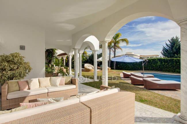 Garden terrace of luxury villa — Stock Photo