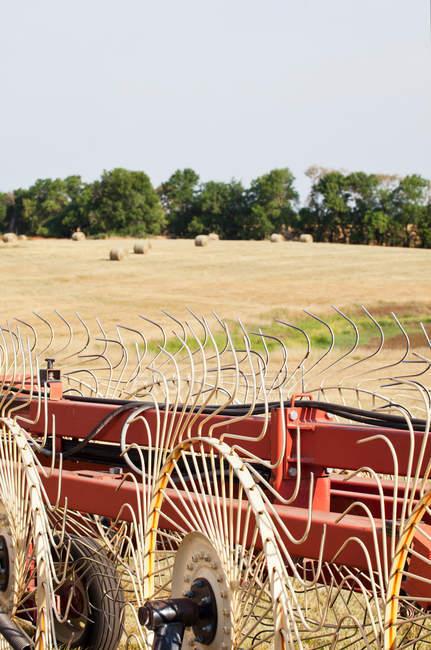 Drescher im Getreidefeld — Stockfoto
