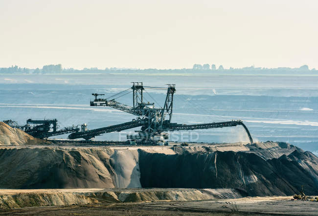 Mine de lignite à ciel ouvert — Photo de stock