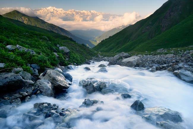 Река Сванети, Грузия — стоковое фото