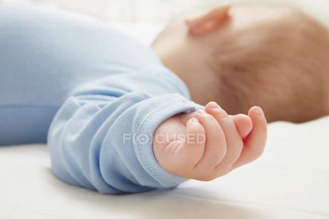 Bambino addormentato, concentrati sul primo piano — Foto stock