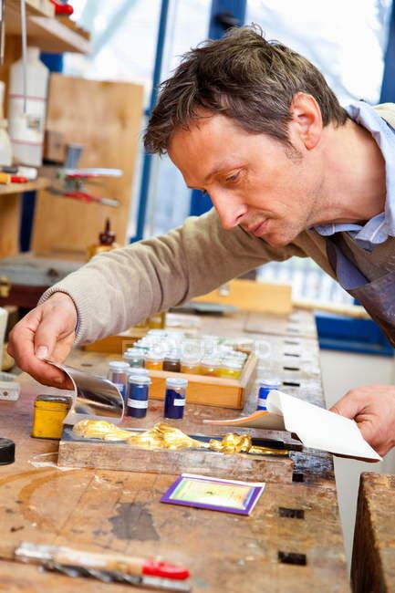 Карпентер відповідні пігмент для фарбування — стокове фото